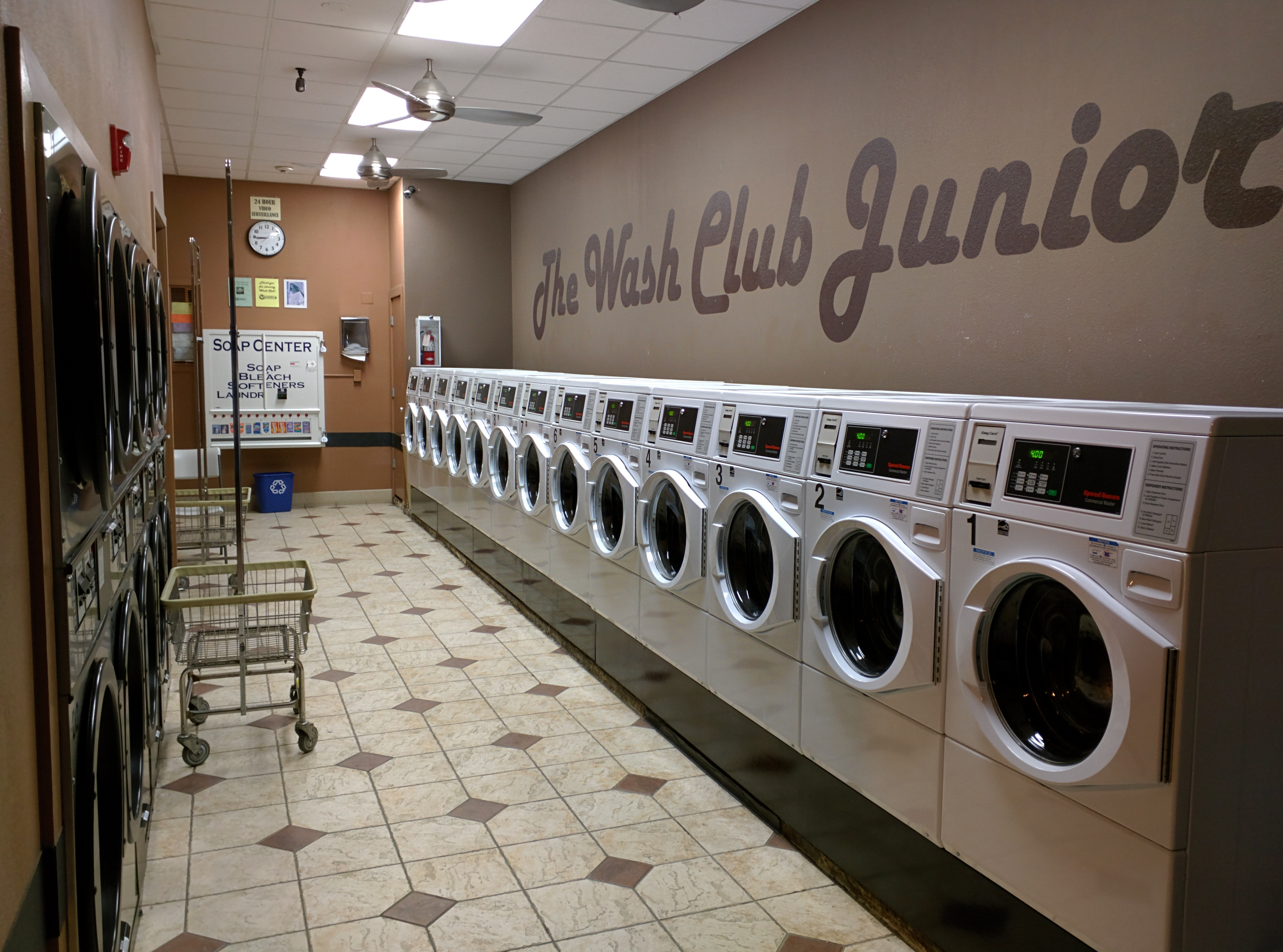 The wash club san franciscos best laundromat dry cleaner our jr section opens at 6 am and closes at 11 pm for your late solutioingenieria Images